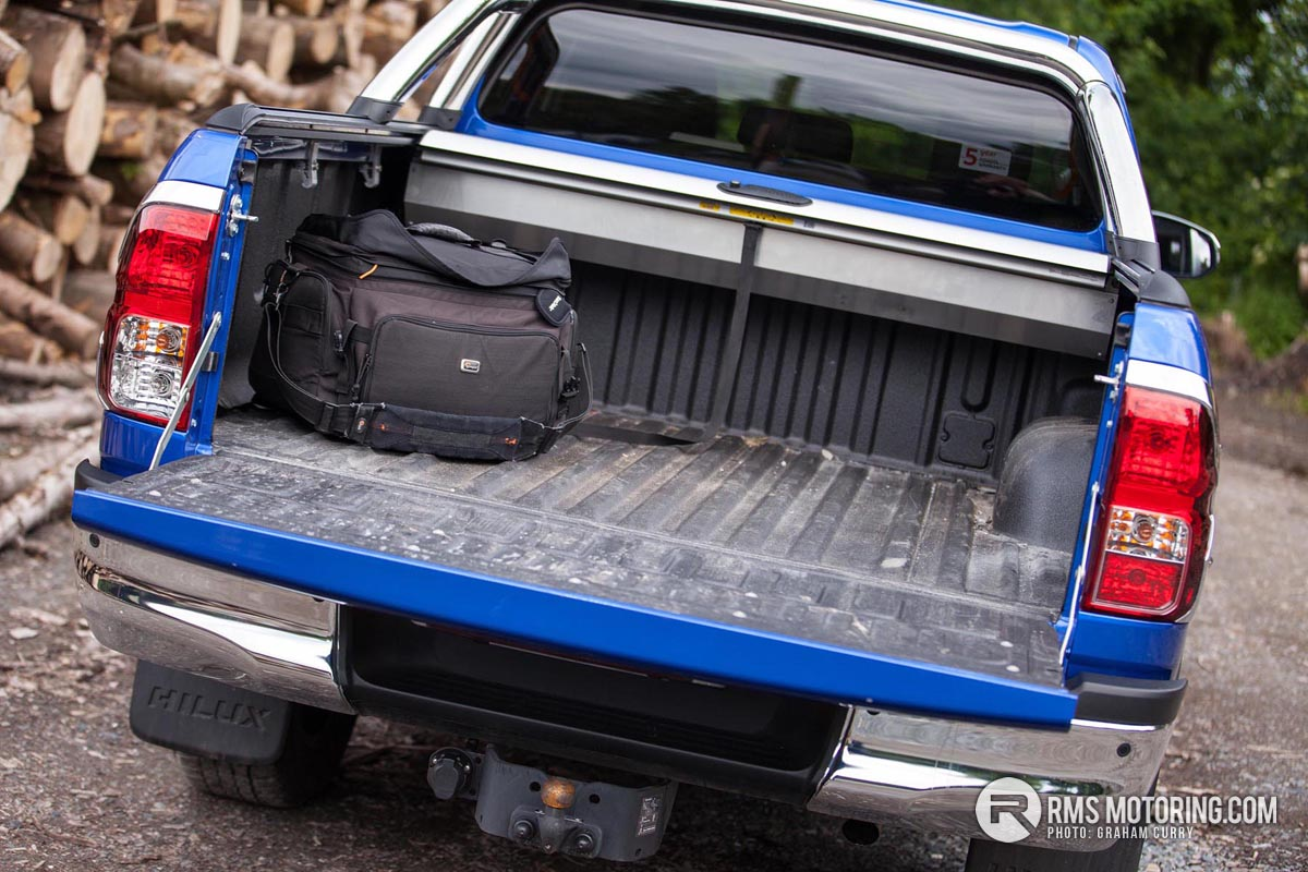 Toyota Hilux Boot